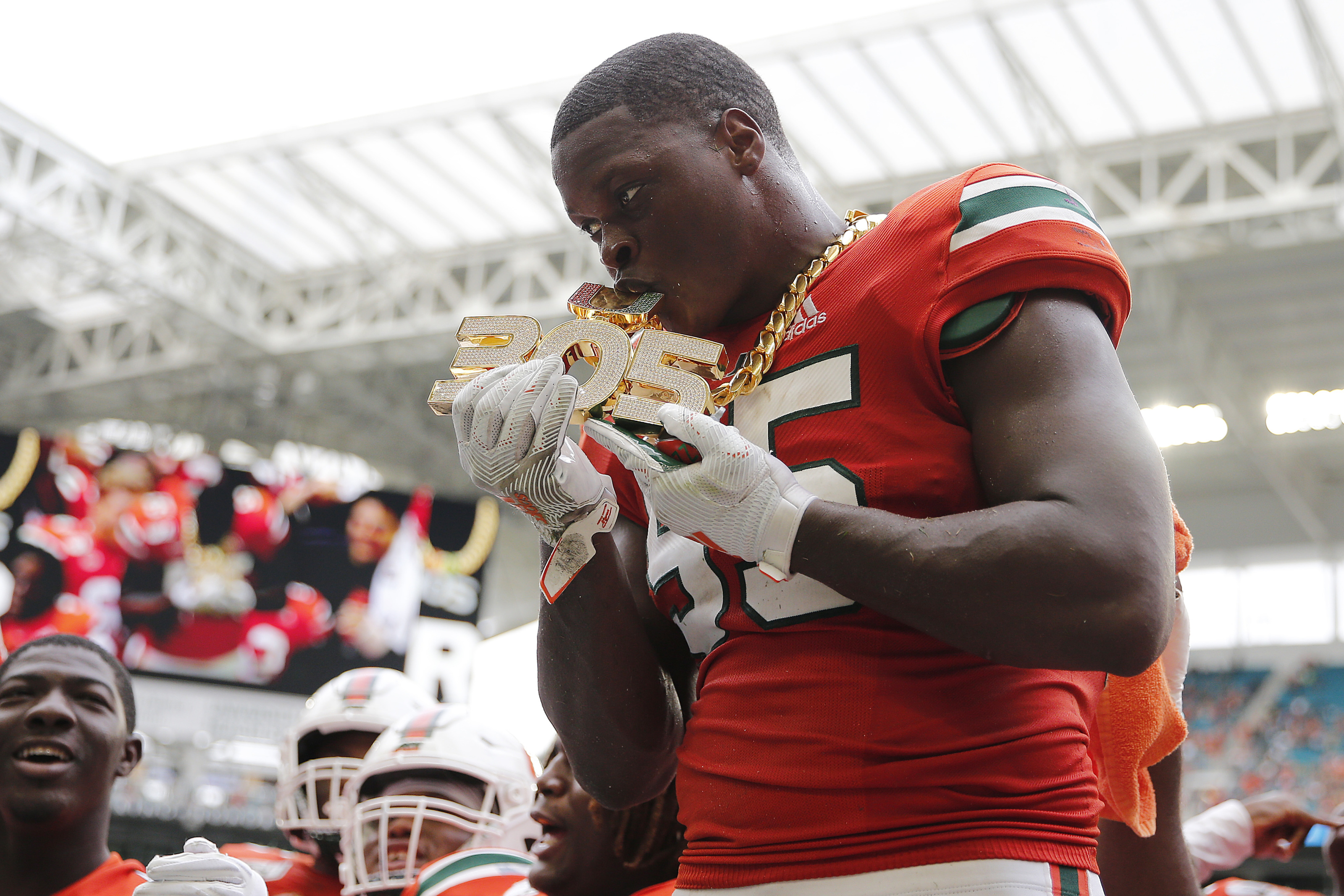 Baltimore Ravens scouting reports: Shaquille Quarterman the stat machine