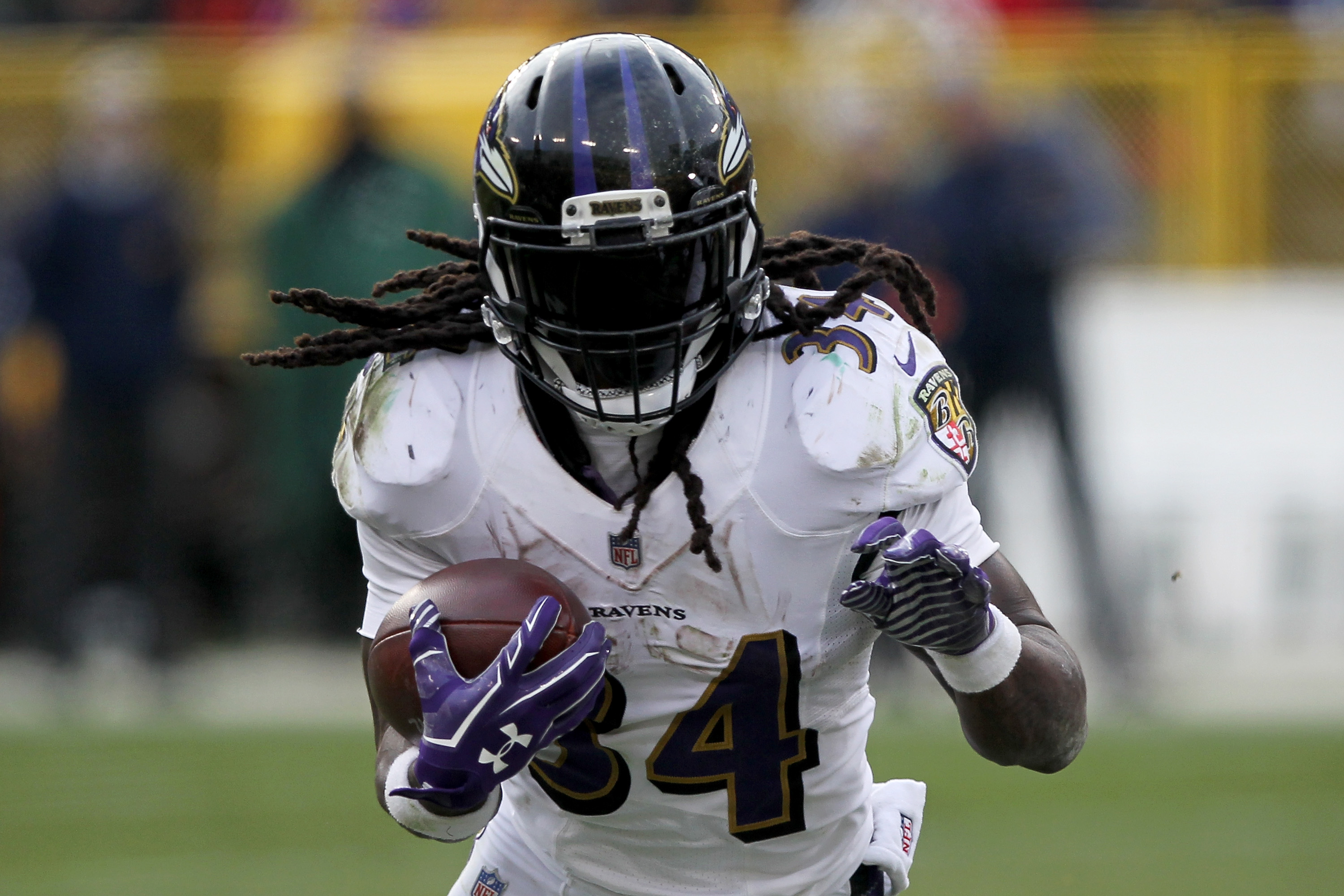 Ravens CB Jimmy Smith carried off field with Achilles injury